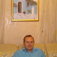 Михаил Манахов