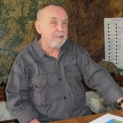 Михаил Савиных